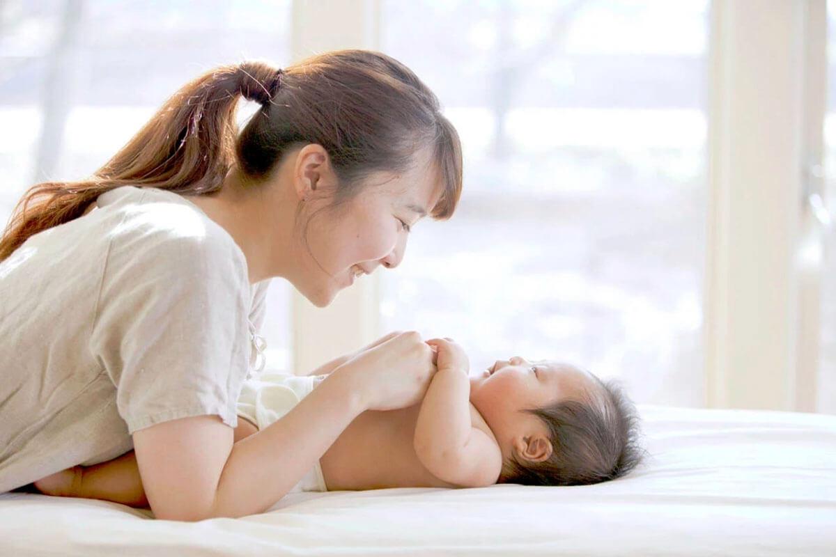 出産後はシミが増える!原因はホルモン!育児中にできる簡単お手入れ